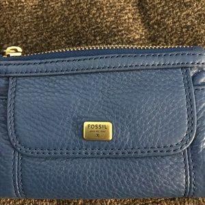Fossil tri-fold wallet